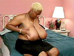 BBW with hot caramel body goes wild black fat xxx